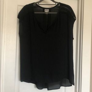 Stylus XL sheer top
